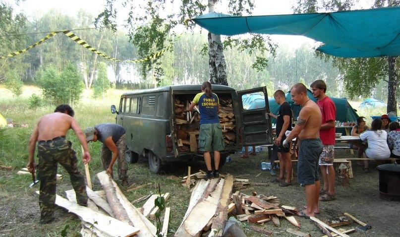 Доски для дуплонов прибыли в лагерь